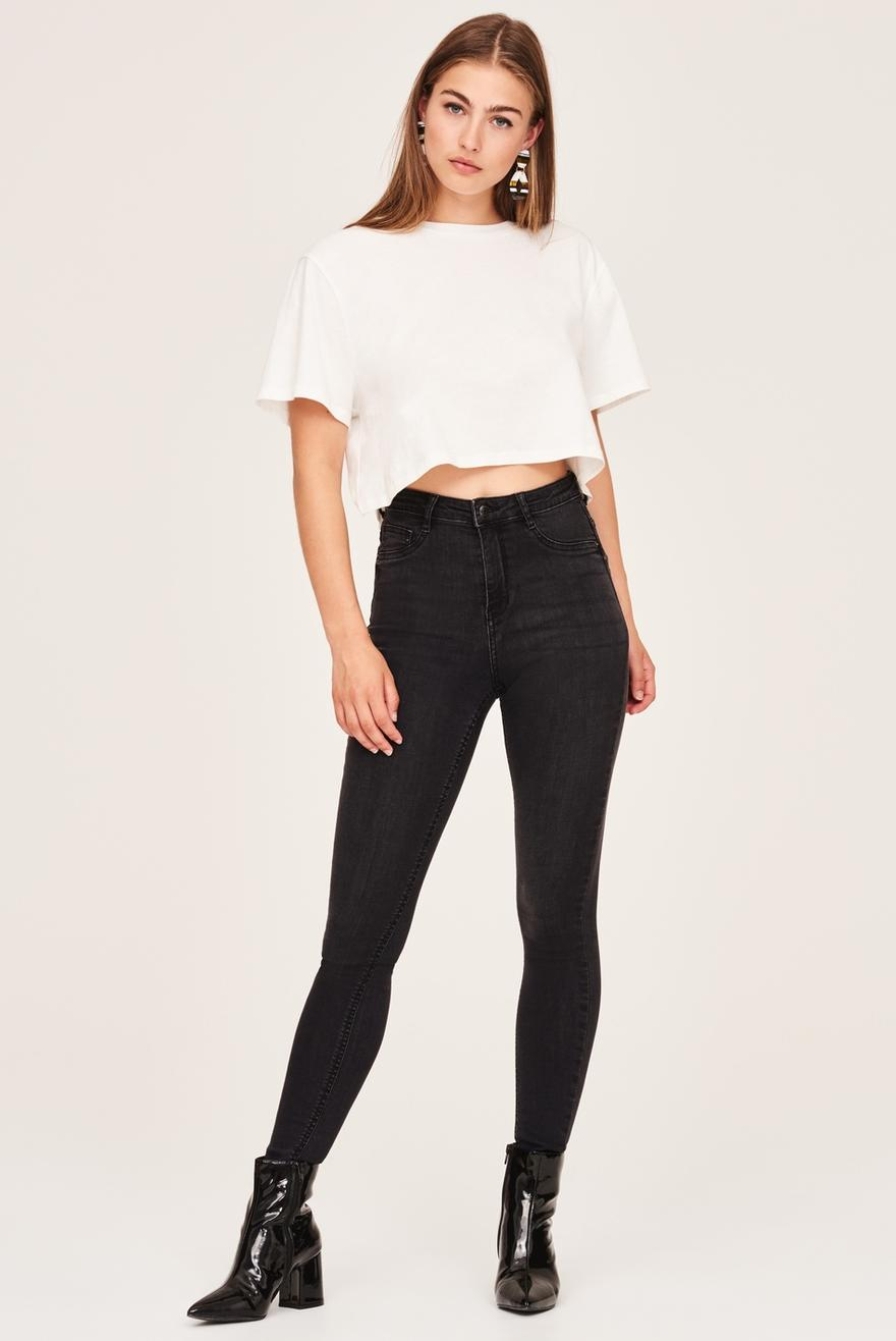 b0c896b68e347f Crop Top How to Wear High Waisted Jeans ...